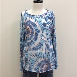 NWT Bibi Top Blue Pink Purple Tie Dye w/ Pocket